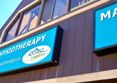 coast-physiotherapy-outdoor-signs